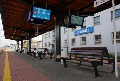 Koleje Śląskie zmieniają taryfę przewozową. Średnia podwyżka cen biletów wyniesie 13%. Niektóre stanieją