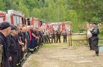 Kalina: Strażacy z terenu powiatu lublinieckiego doskonalili metody gaszenia pożarów na terenach leśnych [ZDJĘCIA]