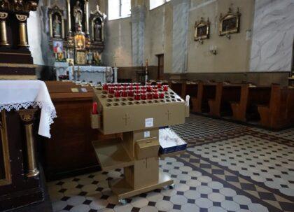 Policjanci ustalili sprawcę dewastacji świecznika na terenie kościoła pw. Św. Mikołaja w Lublińcu